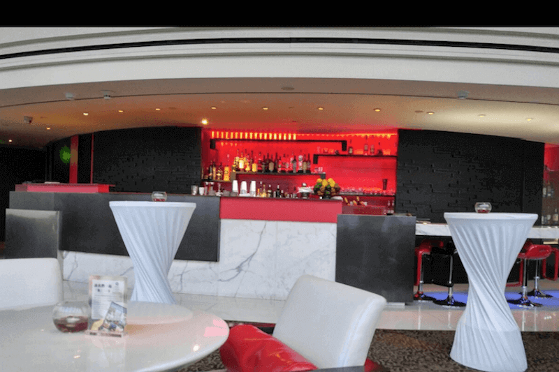 Marco Polo lounge daytime