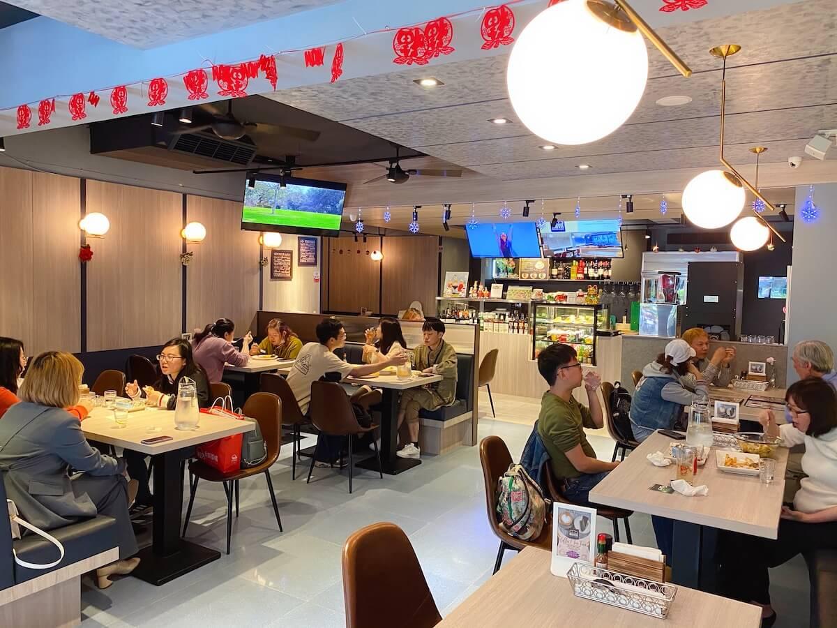 Maya Resto Cafe inside