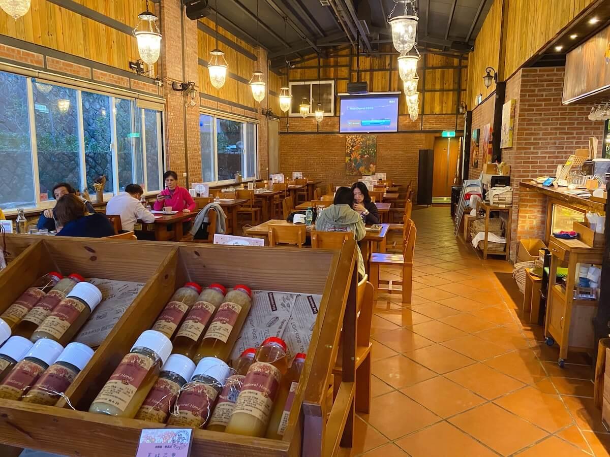 Farmhouse Cafe Trattoria (inside)
