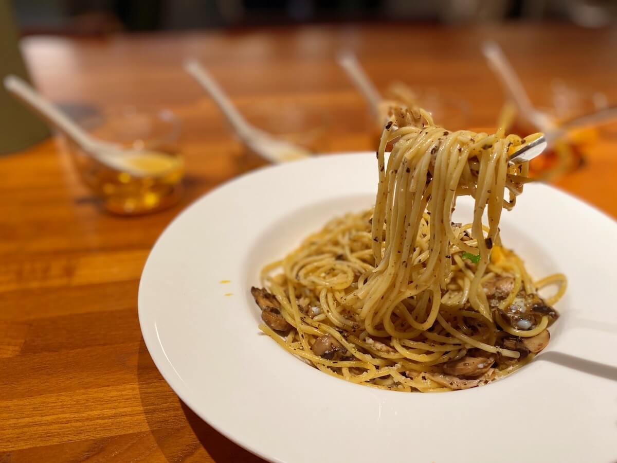Spaghetti with Truffle (focused)