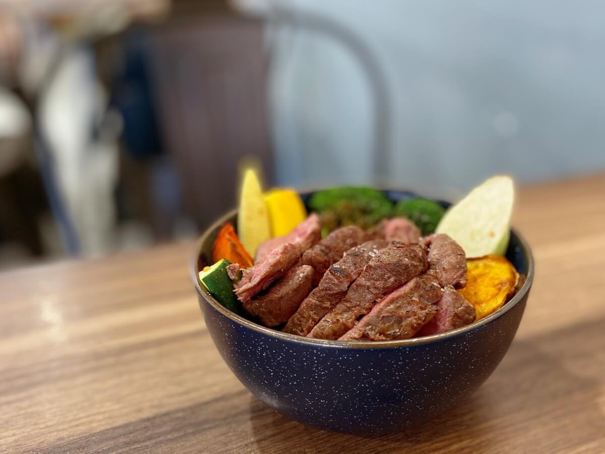 Sous-Vide Steak Donburi