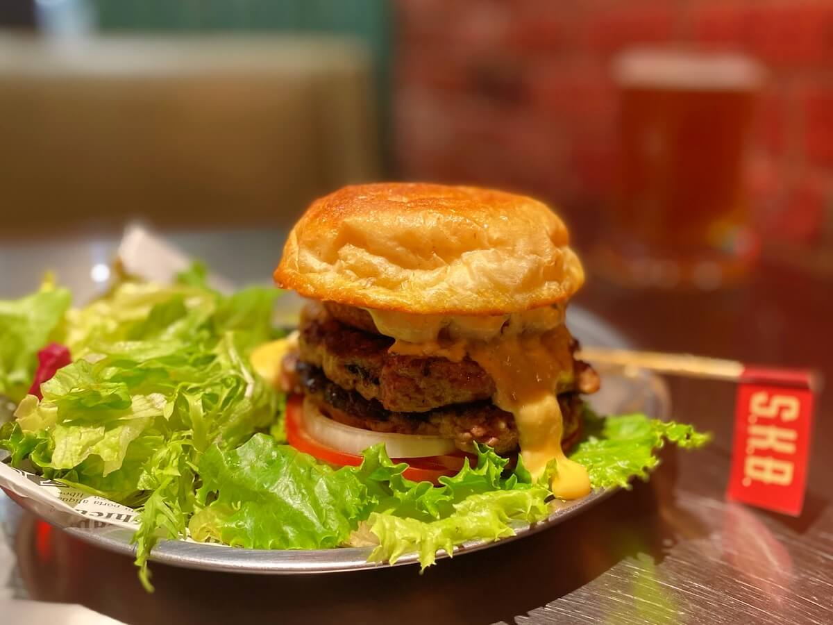 The S.K.B Burger (closed crown)