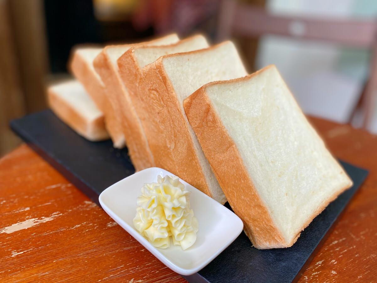 Milky bread slices
