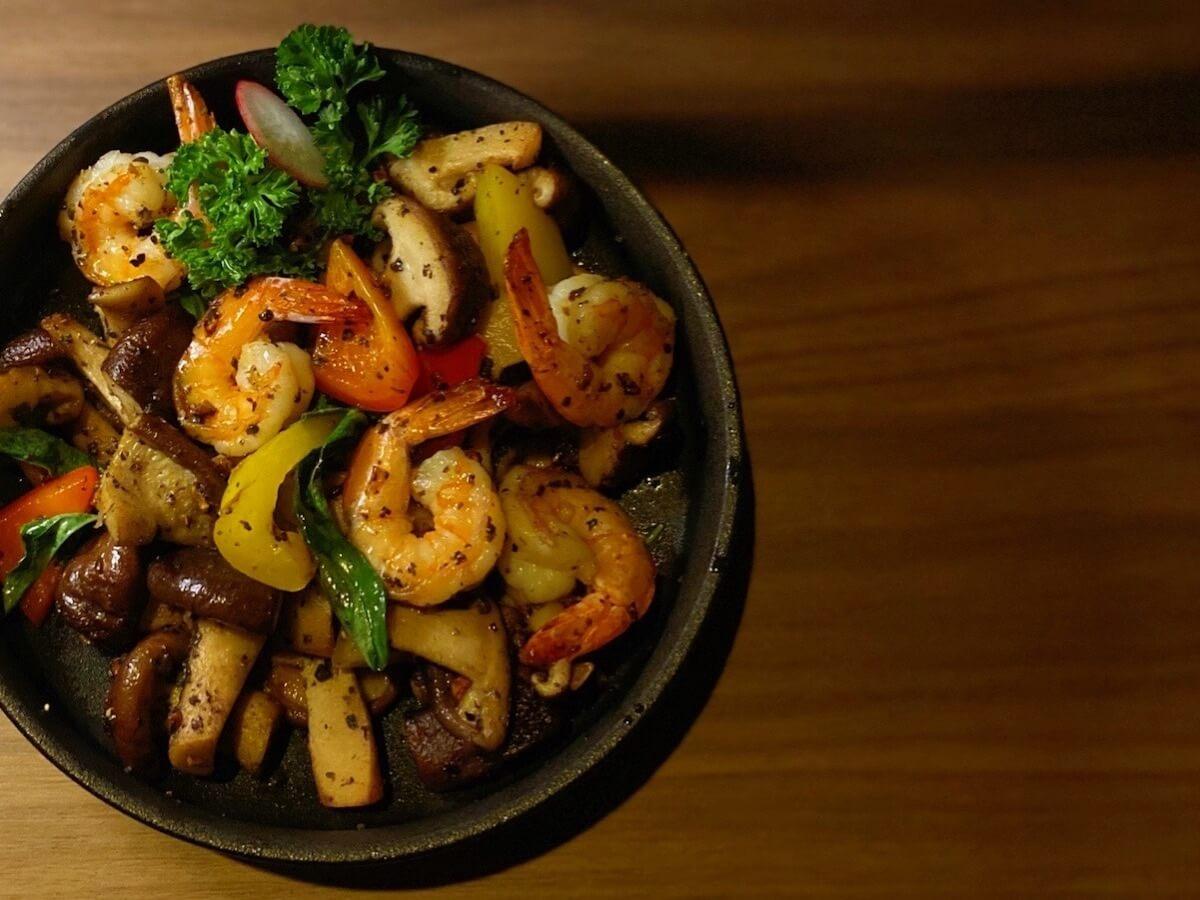 Sauteed Shrimp and Mushroom (focused)
